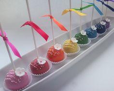 Rainbow cakepops #rainbow #cakepop #cakepops