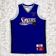 Now this is dope. Check out the back . A.I. Jersey (Mens Small) going for a steal a good price. Hit up @presh.vintage if interested. #goodwillfinds #goodwillhunting #goodwill #goodwilloutlet #alleniverson #allen #georgetown #sixers #sixersnation #philly #3 #nba #nbajerseys #theanswer #thrift #thriftstorefinds #thrifting #thrifted #thriftshop #thrifthaul #thriftfind #thrifty #thriftstyle #thriftlife #basketball #76ers