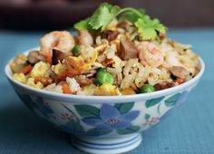Look at this recipe - Ching's Yangzhou Fried Rice - from Ching-He Huang and other tasty dishes on Food Network. Rice Recipes, Asian Recipes, Cooking Recipes, Ethnic Recipes, Chinese Recipes, Chinese Food, Chinese Meals, Caramel Recipes, Chef Recipes