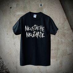 T-shirt  Homme Moustache Moutarde Typographie par MoustacheMoutarde