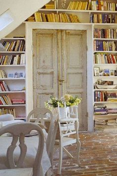 Old brick flooring, French doors and bookshelves - everything I love! Antique Doors, Old Doors, Style At Home, Library Wall, Dream Library, Library Ladder, Attic Library, Bookshelf Ladder, Beautiful Library
