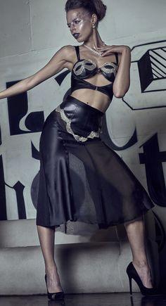 ELF Zhou London Boudoir Skirt & Bustier Bra for Xenses-shop.com. Handcrafted limited edition lingerie.