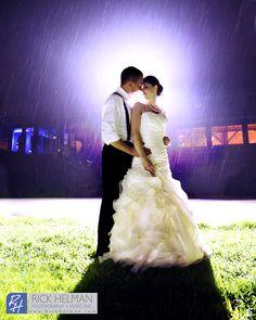 www.RickHelmanPhoto.com  Bride and groom wedding photo  Pennsylvania wedding in the rain