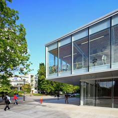 Galeria de Livraria da Universidade de British Columbia / office of mcfarlane biggar architects + designers - 21