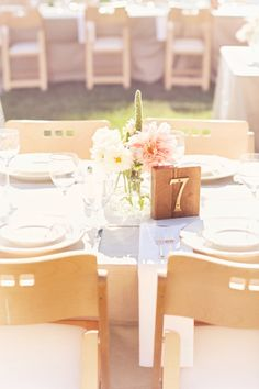 Napa table: http://www.stylemepretty.com/california-weddings/2015/03/02/romantic-napa-valley-wedding/   Photography: Glass Jar - http://glassjarphotography.com/