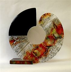 Kari Minnick  Circular Logic    kilnformed glass