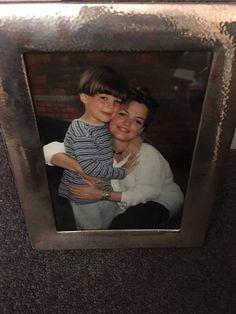 """""""Louis de 6 años y su mama"""" <3"""