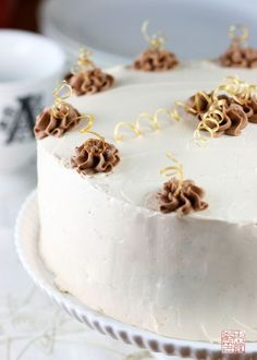http://dessertfirstgirl.com/2009/12/brown-butter-cake-with-caramel-buttercream.html  I LOVE dessertgirl's recipes. They are all good. I believe I made a Baily's Irish Cream and Caramel Icing for this instead! :-)