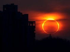 Shot of the annular eclipse on Imagur? Lovely. Top four comments quoting LOTR? AWESOME.
