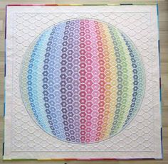 https://flic.kr/p/bYAi1C   two tops= one quilt   Rainbow shadow trapunto quilt blogged: cadouri-din-inima.blogspot.com/2012/05/anatomy-of-quilt.html