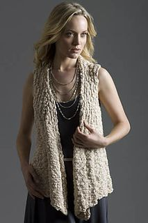 """Knitted Measurements Bust 34 (38, 42, 46, 50, 54)""""/86.5 (96.5, 106.5, 117, 127, 137)cm; Length 24 (24.5, 25, 25.5, 26, 26.5)""""/61 (62, 63.5, 64.5, 66, 67.5)cm"""