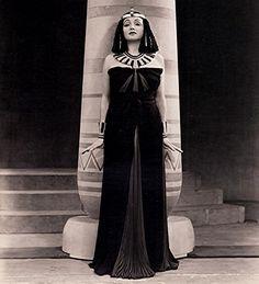 Katharine Cornell as Cleopatra, Broadway, 1947