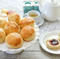 These traditional British scones have a tender crumb and are lightly sweet. Perfect for breakfast, brunch or as a snack with a cup of tea. Perfect Scones Recipe, British Scones, Muffins, San Diego Food, Buttermilk Biscuits, High Tea, Pain, Baking Recipes, Diet Recipes