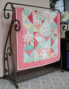 quilt idea - LOVE this quilt rack!