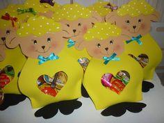 Ovelha-Lembrancinha Food Crafts, Preschool Crafts, Easter Crafts, Baby Shower, Pikachu, Hello Kitty, Dolls, Fictional Characters, Ideas