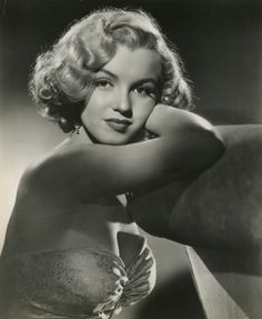 """hoodoothatvoodoo: """" Marilyn Monroe Publicity Shot for 'All About Eve' 1950 """""""