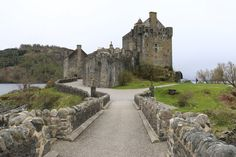 Looking to experience history & architecture on your honeymoon? A castle tour through Scotland is a must, including Eilean Donan Castle, Kyle of Lochalsh Scotland Vacation, Scotland Travel, European Vacation, European Travel, Kyle Of Lochalsh, Best Places To Honeymoon, Scotland Culture, Scotland Landscape, Scotland Holidays