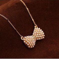 Small fresh bow pearl necklace