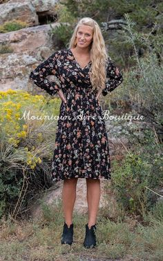 The Raven -Black – Mountain Aire Boutique Black Mountain, Boutique Clothing, Raven, Floral Prints, V Neck, Long Sleeve, Sleeves, How To Wear, Shopping