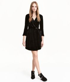 Black velour dress - H&M