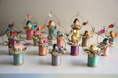 Things you can make with old wooden thread spools: sewing spool crafts. Spring Crafts, Holiday Crafts, Christmas Crafts, Christmas Decorations, Christmas Ornaments, Bird Ornaments, Spring Decorations, Wooden Spool Crafts, Wooden Spools