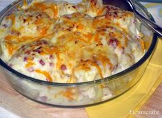 Coliflor gratinada con jamón y queso