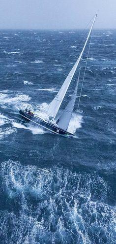 sailboat+at+storm.jpg 600×1,259 ピクセル