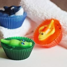 Kids creature soaps that are easy and cheap to make. Perfect for party favors or gifts.