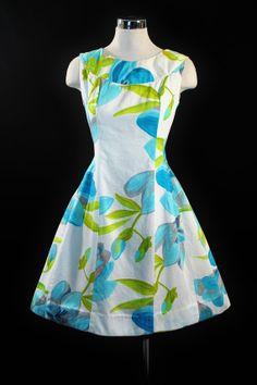 1960's Hawaiian Print Dress