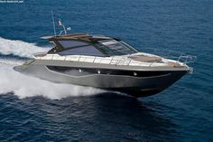 CRANCHI 60 ST *LAGERBOOT* Purchase this dream boat at BEST-Boats24! Professional yacht trading on our platform- high quality service and expertise from Germany since 1999.