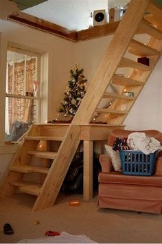 A loft ladder is a retractable staircase that leads from the ceiling to .live - An attic ladder is a retractable staircase that goes from the ceiling to … - Loft Staircase, Attic Stairs, Basement Stairs, Staircase Design, Staircases, Staircase Ideas, Small Staircase, Garage Attic, Stairs In Small Spaces
