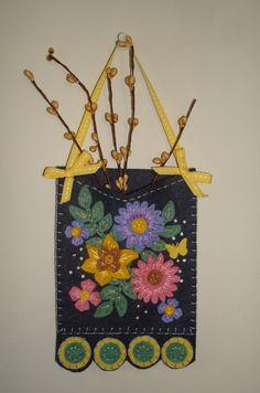 Spring Floral Wool Felt Penny Pocket