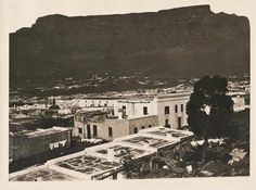 Photos of the Malay Quarter in Cape Town marked 'Cape Colony'. Cape Colony, Cape Dutch, Old Pictures, Cape Town, Old Houses, Vintage Photos, Colonial, South Africa, Paris Skyline