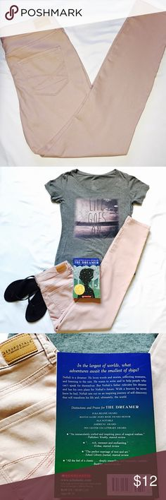 """AÉROPOSTALE pants pinkish aéropostale pants . skinny jeans. can bundle with """"Life Goes On"""" shirt and receive free """"The Dreamer"""" book & 15% off. 
