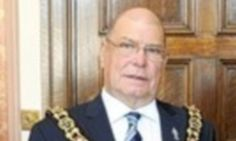 Lord Mayor walks out of Islamic charity lunch