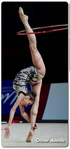 <<Viktoria Mazur (Ukraine)>> Gymnastics Photos, Gymnastics Photography, Rhythmic Gymnastics Training, Ballet, Contortion, Silhouette Art, Sporty Girls, Female Athletes, Sports Women