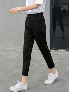 Wear to Work Outfit Ideas. Womens Casual Office Fashion ideas and dresses. Womens Work Clothes Trending in 34 Outfit ideas. Womens Fashion Casual Summer, Black Women Fashion, Ladies Fashion, Smart Casual Women Summer, Casual Work Outfits, Office Outfits, Korean Casual Outfits, Smart Casual Outfit, Casual Wear