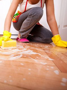 #Household #cleaning tips from the pros at @Woman's Day.
