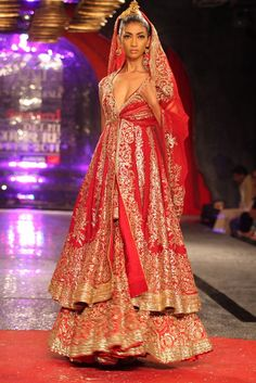 Suneet Varma Kamasutra Collection 47