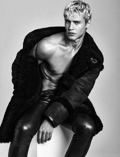 Fashion Tape, Leather Fashion, Leather Men, Mens Fashion, Leather Trousers, Leather Jackets, Blond, Sheepskin Jacket, The Fashionisto