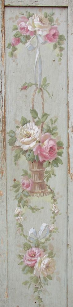 vintage shutter with painted Roses. So Shabby Chic! Vintage Diy, Shabby Vintage, Vintage Teacups, Shabby Chic Mode, Shabby Chic Cottage, Shabby Chic Style, Romantic Cottage, Romantic Homes, Decoupage