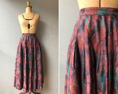 Vintage 1980s Linen Abstract Floral Midi Skirt  #etsy #clothing #women #skirt #vintageskirt #80sskirt #linenskirt #vintagelinen #naturalfibers 80s Skirts, 80s Fashion, Womens Fashion, Black Denim Skirt, Linen Skirt, Vintage Skirt, Tie Dye Skirt, Midi Skirt, High Waisted Skirt