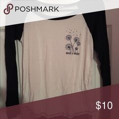 La hearts long sleeve shirt Very cute top worn only a few times. Sleeves are navy blue. 100% cotton. Size small! Such a cute and casual top! Accepting offers PacSun Tops Tees - Long Sleeve
