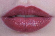 RED REIDING HOOD: www.redreidinghood.com Beauty blogger review clinique pop lip colour + primer cola swatch lips