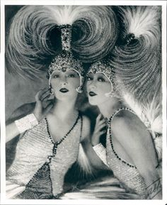 The fabulous Dolly sisters, Roszika (Rosie) and Janszieka (Jenny) Deutsch. They seem to personify the Jazz Age in so many ways, and when you're reading accounts of the period they appear all the time.