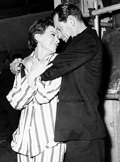 """Sophia Loren and William Holden on the set of """"The Key"""" (1958, directed by Carol Reed)."""