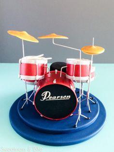 Drum Kit Cake ~ Sweetness & Bite