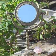 Smukt Bord Spejl  ***Find Alle Nyhederne på www.galleri-hebe.dk - Håber vi ses :)