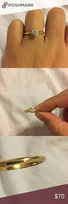 Women's ring 14k size 6. No box unfortunately Macy's Jewelry Rings