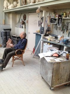 Per Ung in his studio at Ekely.